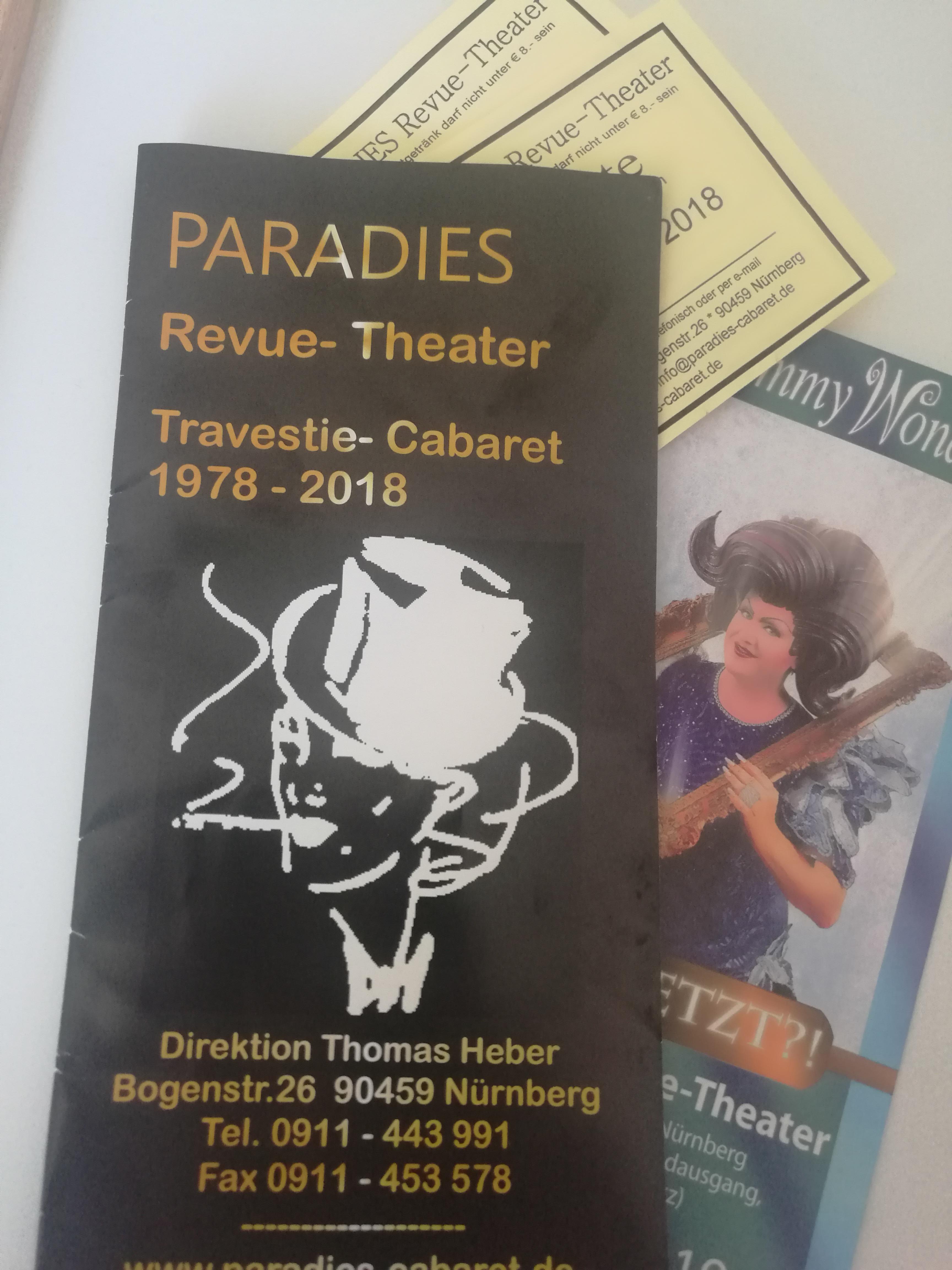 Paradies Revue Theater – Stadtgrenze